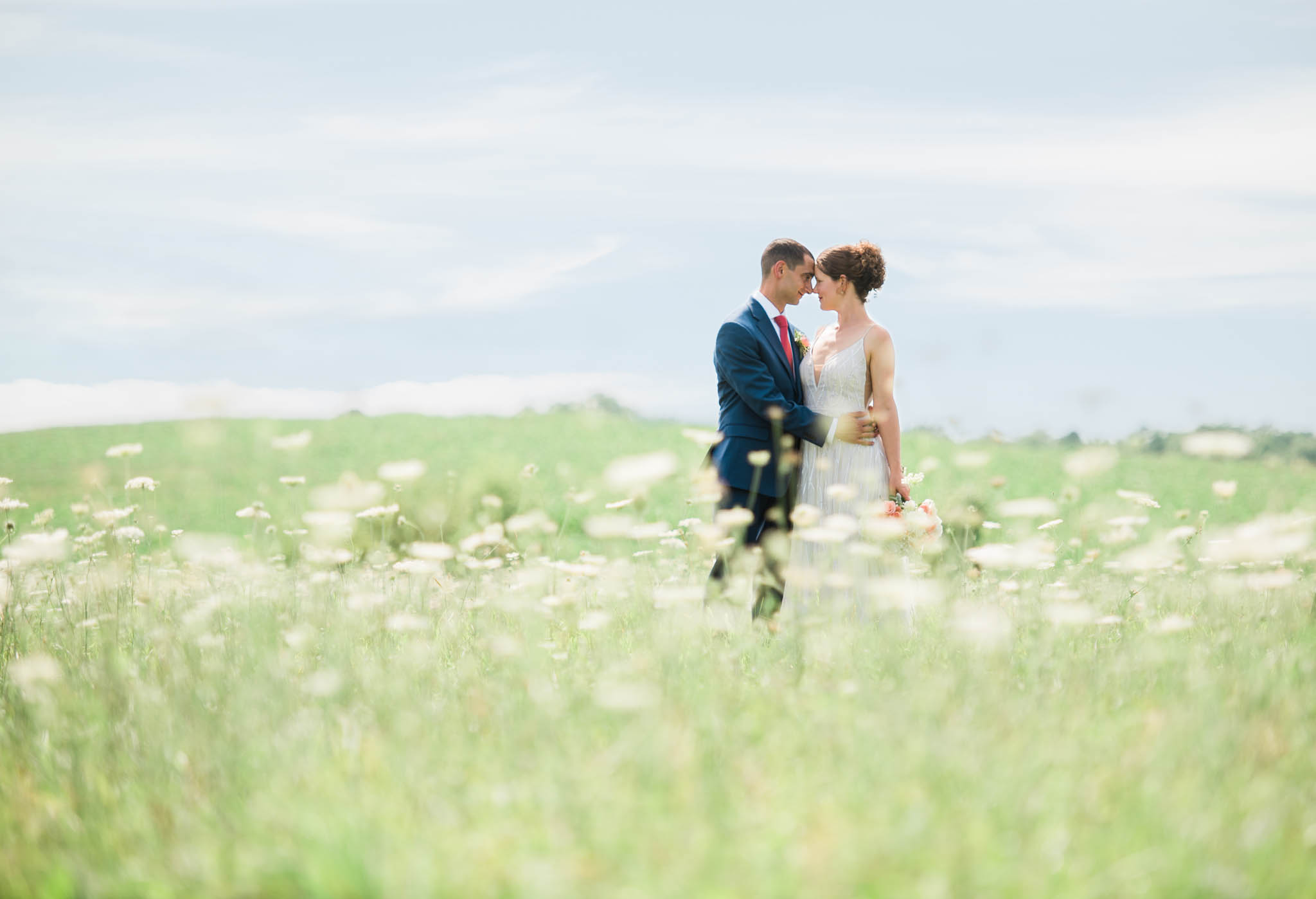 Beautiful Summer Wedding in Buffalo, NY Image